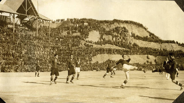 Vintage photo of a game at La  Foixarda