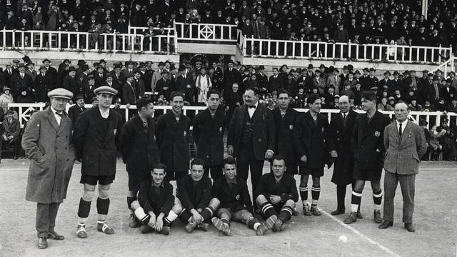Photo of players and officials during the Golden Age