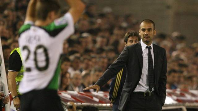 Pep Guardiola in El Sardinero, during the 2009-10 season /PHOTO: ARXIU FCB