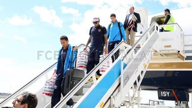 ▐★● صور وصول وفد نادي برشلونة إلى كتالونيا ●★ ▐ 2012-04-19_VIAJE_07-
