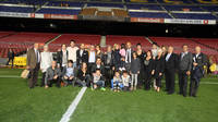 Pep Guardiola with his family and friends at the Camp Nou / PHOTO: MIGUEL RUIZ - FCB