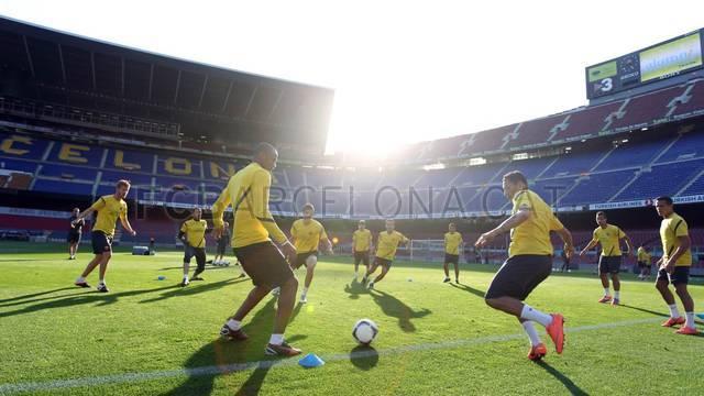 بالصور| التدريبات الأخيرة قبل السفر إلى مدريد