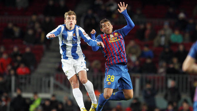 Griezmann and Jonathan dos Santos during last season's La Liga match at the Camp Nou / PHOTO: ARXIU FCB