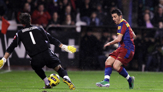Villa va fer un gol en l'última visita del Barça a Riazor (0-4) / FOTO: ARXIU FCB