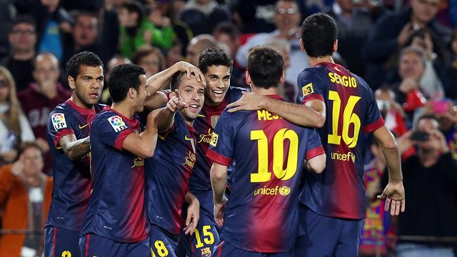 The players celebrate Jordi Alba's goal / PHOTO: MIGUEL RUIZ - FCB