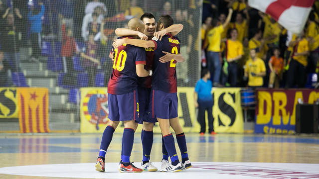 Fcb alusport inter movistar triumphant return to the for Puerta 0 palau blaugrana