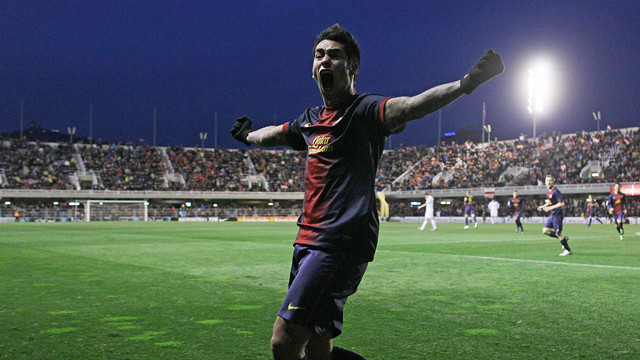 Araujo celebrates his brace against Real Madrid Castilla / PHOTO: MIGUEL RUIZ - FCB