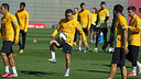 Xavi started to work with the rest of the squad again this Friday / PHOTO: MIGUEL RUIZ - FCB