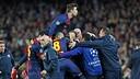 The team celebrates Pedro's goal. PHOTO: MIGUEL RUIZ - FCB