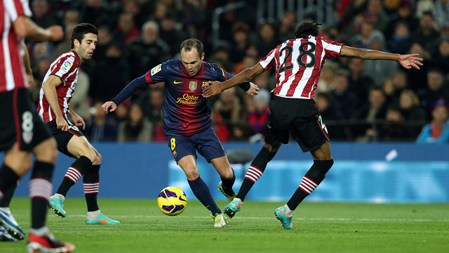 Andrés Iniesta in the first match of the season against Athletic Club / PHOTO: MIGUEL RUIZ - FCB
