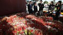Roses and books to celebrate Sant Jordi before Levante match