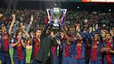 Vilanova i Abidal aixequen la Lliga / FOTO: MIGUEL RUIZ-FCB