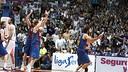 Víctor Sada celebrates winning game two. PHOTO: ACBPHOTO