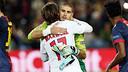 Víctor Valdés and Maxwell / PHOTO: MIGUEL RUIZ - FCB