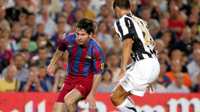 Messi delights the Camp Nou in the 2005 Gamper.