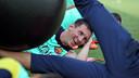 Messi, somrient durant l'entrenament / FOTO: MIGUEL RUIZ-FCB