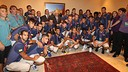 The Barça players and staff with Mahmoud Abbas / PHOTO: MIGUEL RUIZ - FCB
