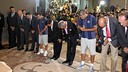 Xavi and Valdés participate in the floral offering