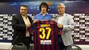 Joan Saubich is officially a Barça player / PHOTO: VÍCTOR SALGADO - FCB