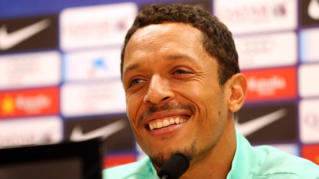 Adriano, en rueda de prensa. FOTO: MIGUEL RUIZ — FCB