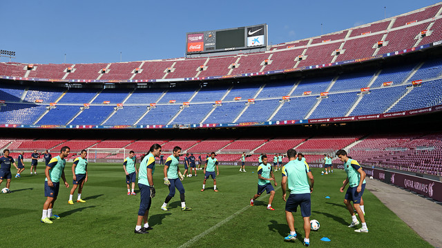 The squad training today in the Camp Nou. PHOTO:  MIGUEL RUIZ - FCB