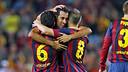 Sergio Busquets celebra amb Xavi i Iniesta el gol marcat a la Reial Societat / FOTO: MIGUEL RUIZ - FCB