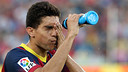 Bartra having a drink during the match / PHOTO: MIGUEL RUIZ-FCB