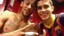 Neymar i Bartra, al vestidor. FOTO: @MarcBartra91