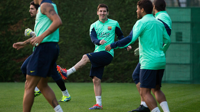 http://media2.fcbarcelona.com/media/asset_publics/resources/000/070/649/size_640x360/2013-10-14_ENTRENAMENT_FCB_012.v1381774058.JPG