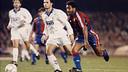 Romario, superando a Alkorta (93/94) / ARCHIVO FCB