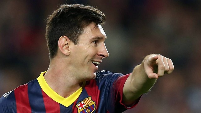 Leo Messi celebrates a goal