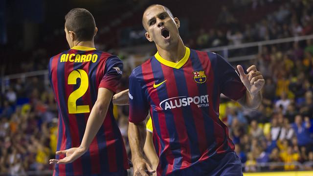 Fernandao, celebrant un gol, en una imatge d'arxiu.
