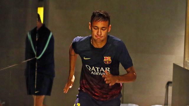 Neymar, minuts abans del Clàssic al Camp Nou / FOTO: MIGUEL RUIZ - FCB