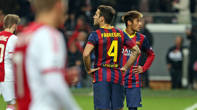 Cesc and Neymar after Ajax scored / PHOTO: MIGUEL RUIZ - FCB