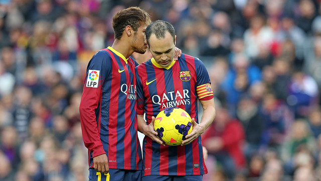Neymar and Iniesta, in the game against Granada / PHOTO: MIGUEL RUIZ - FCB