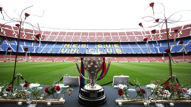 Trofeo preparado para presidir evento