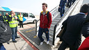 Messi, exiting the plane in Barcelona / PHOTO: MIGUEL RUIZ - FCB