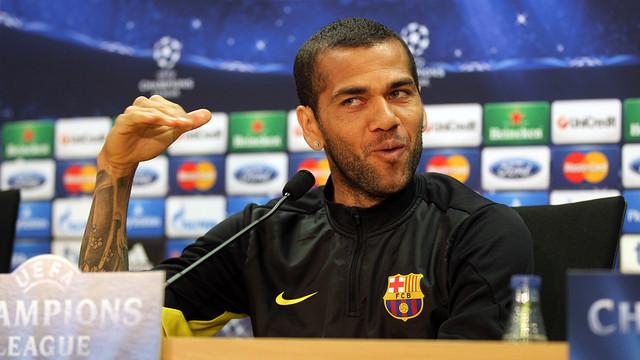 Dani Alves at the press conference / PHOTO: MIGUEL RUIZ - FCB