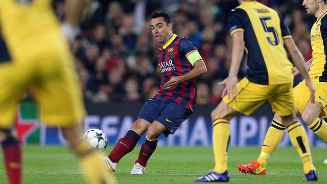 Xavi, durante el partido