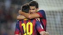 Bartra hugs Messi / PHOTO: MIGUEL RUIZ-FCB