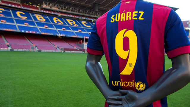 Luis Suárez's shirt awaits him at the Camp Nou. PHOTO: GERMÁN PARGA-FCB.