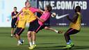 Jérémy Mathieu is back training with his colleagues / PHOTO: MIGUEL RUIZ - FCB