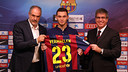 Thomas Vermaelen was presented at the Camp Nou this lunchtime/ PHOTO: MIGUEL RUIZ - FCB