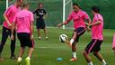 Adriano, pendant un entrainement / PHOTO: MIGUEL RUIZ-FCB