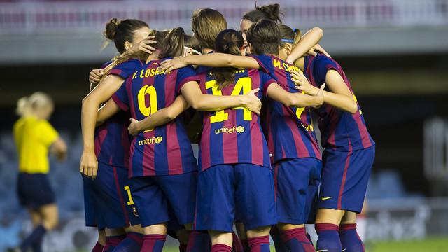 Les jugadores del Femení celebren un gol