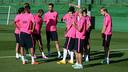 L'equipe avant l'entrainement. PHOTO: MIGUEL RUIZ-FCB.