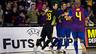 Os jogadores do futsal culé celebram um gol no Palau Blaugrana.
