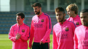 Messi, Piqué, Rakitic, Neymar et Alves, lors de l'entraînement de ce jeudi / PHOTO : MIGUEL RUIZ - FCB