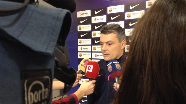 Pascual amb els mitjans informatius / FOTO:FCB