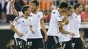 Parejo celebra un gol en el partido contra el Elche en Mestalla / FOTO: VALENCIACF.COM